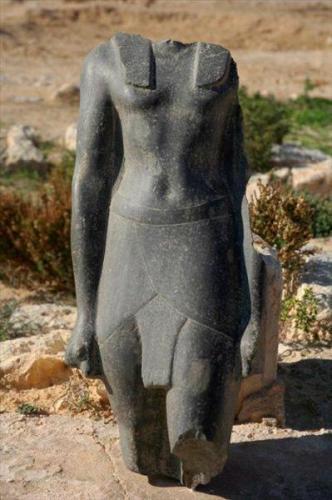 Siguen los descrubrimientos arqueológicos en Egipto